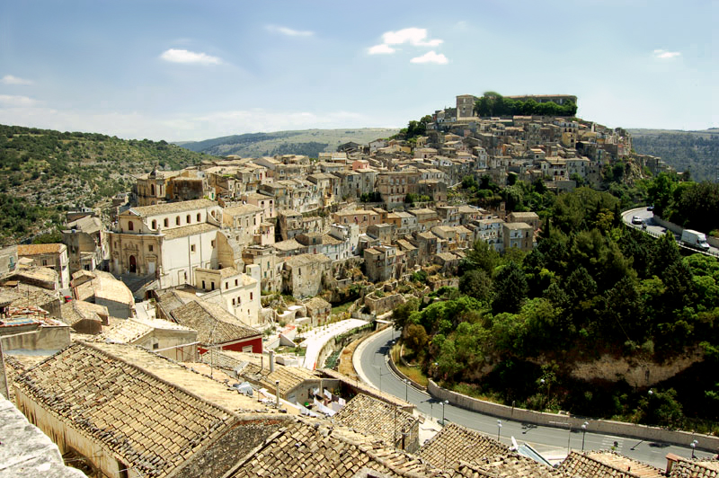 Ragusa - Veduta - Grazie Italia - Claudio Messina - Business a tavola