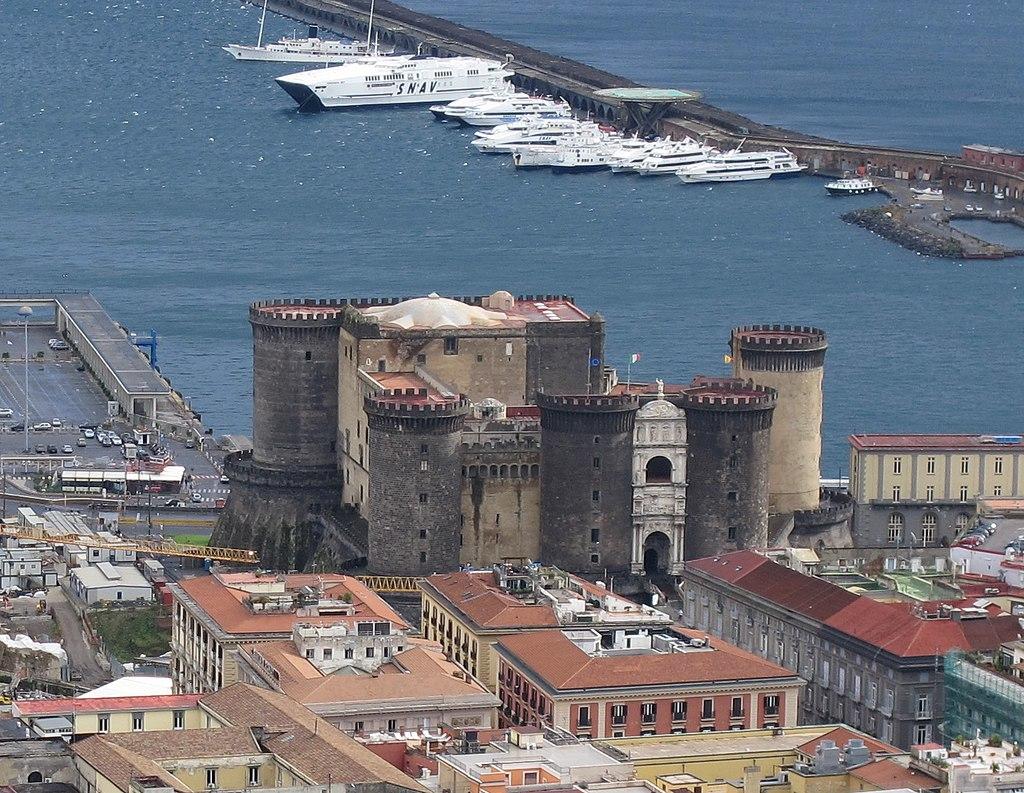 Napoli - Maschio Angioino - Grazie Italia - Claudio Messina - Business a tavola
