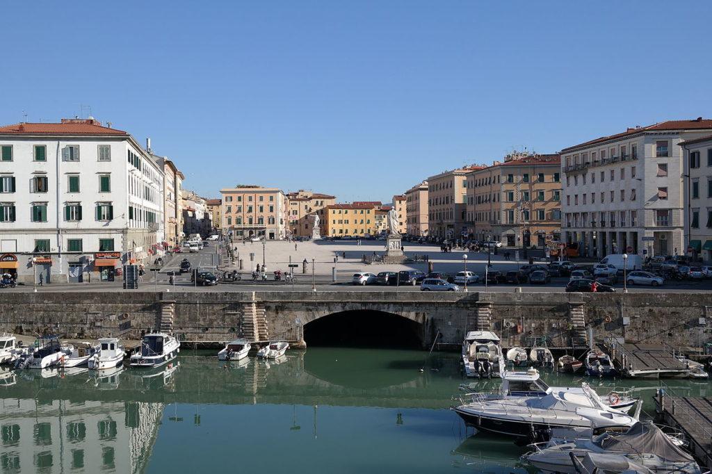 Livorno – Piazza della Repubblica – Grazie Italia – Business a tavola – Claudio Messina