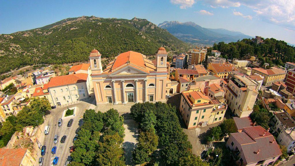 Nuoro – Cattedrale di Santa Maria della Neve  – Grazie Italia – Business a tavola – Claudio Messina