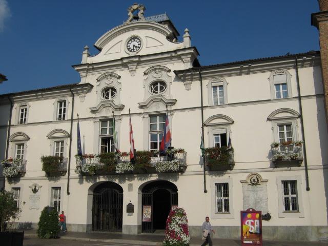 Asti – Palazzo Civico – Grazie Italia – Business a tavola – Claudio Messina