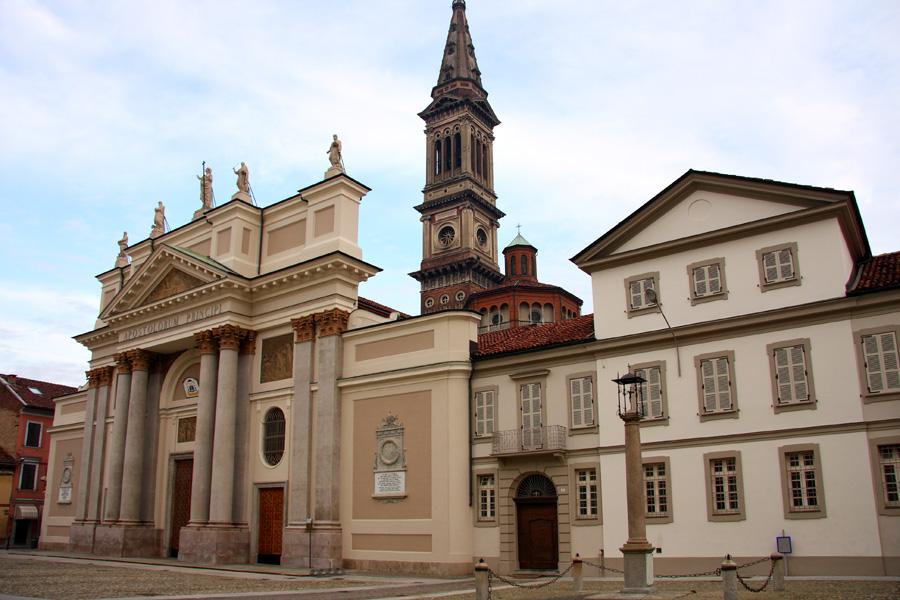 Alessandria – Duomo di Santa Maria Assunta – Grazie Italia – Business a tavola – Claudio Messina