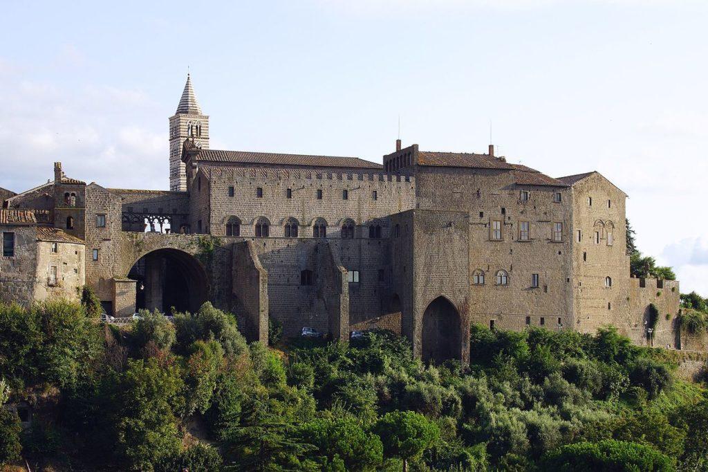 Viterbo – Palazzo dei Papi – Grazie Italia – Business a tavola – Claudio Messina