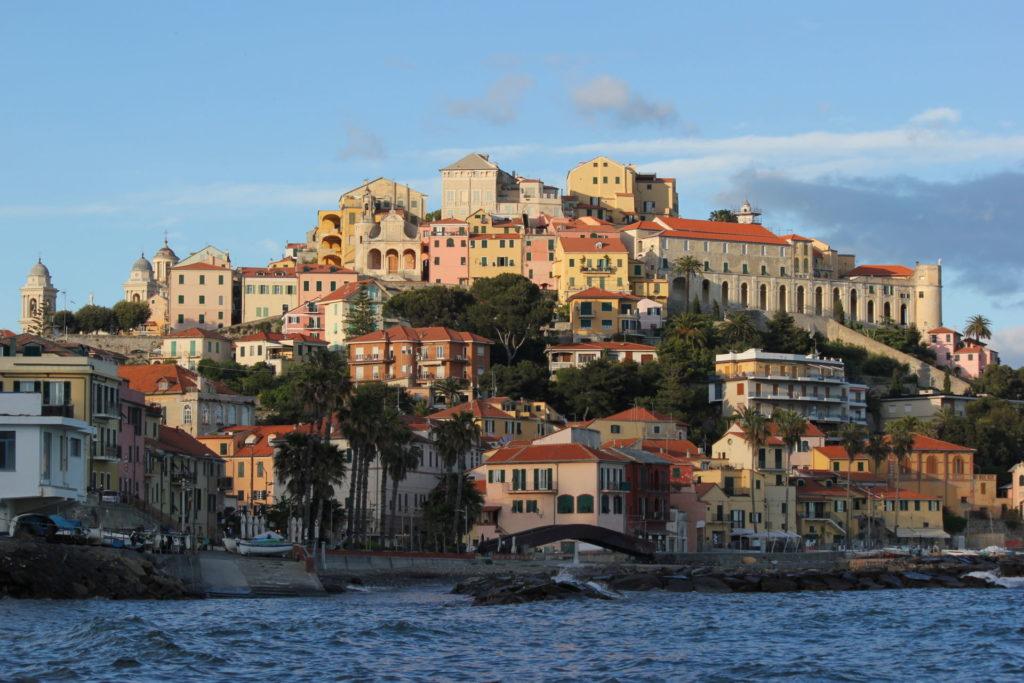 Imperia – Rione Porto Maurizio – Grazie Italia – Business a tavola – Claudio Messina